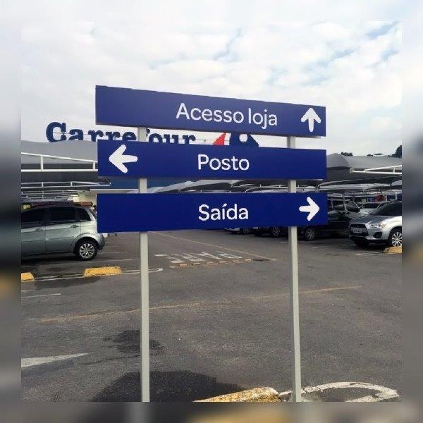 Placas de sinalização personalizadas