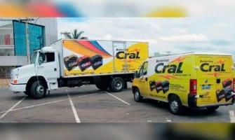 Envelopamento de veículos comerciais